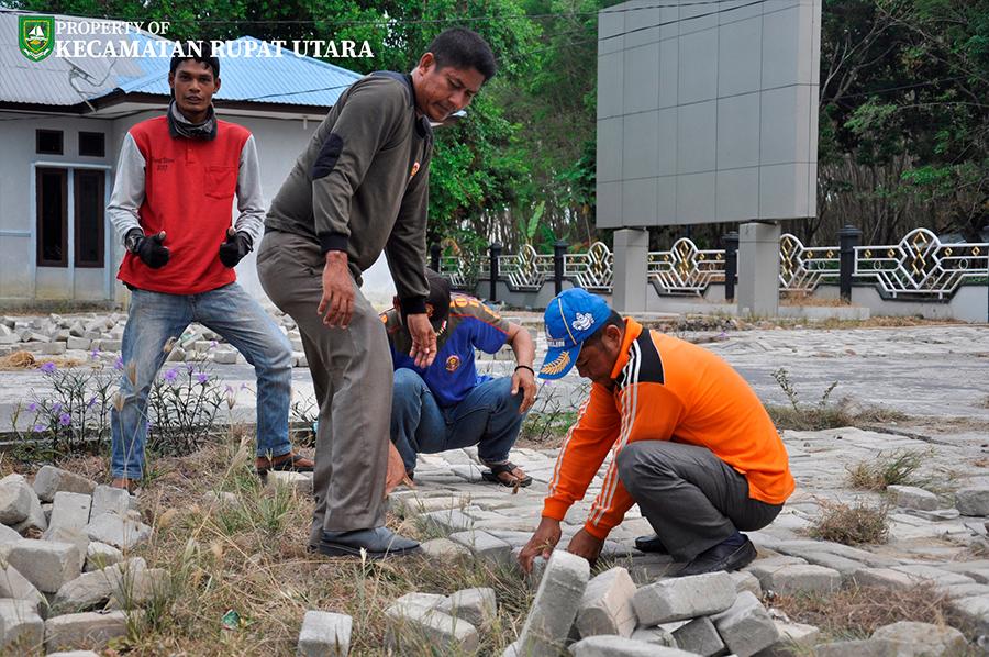 Gotong Royong Tahap Selanjutnya Persiapan MTQ ke 18 Tingkat Kecamatan Rupat Utara