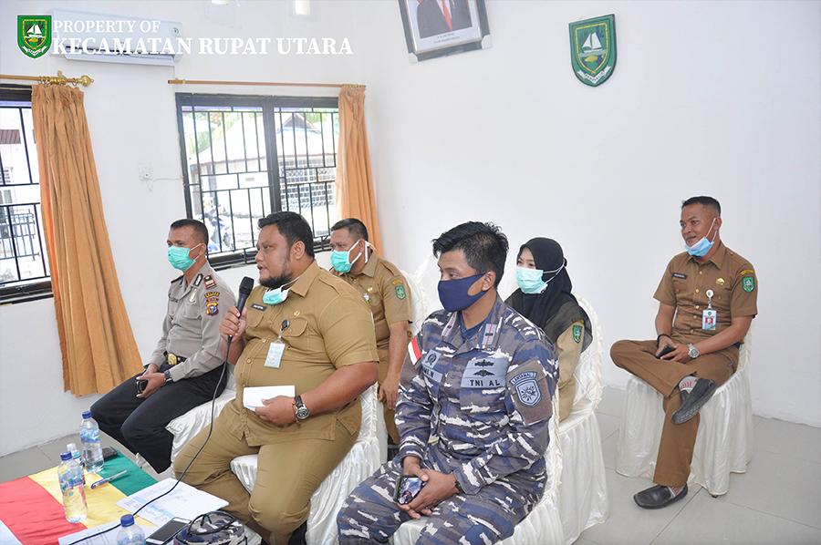 Terkait Penanganan Covid-19, Camat Rupat Utara Agus Sofyan Mengikuti Video Conference Bersama Plh. Bupati Bengkalis dan Camat se-Kabupaten Bengkalis